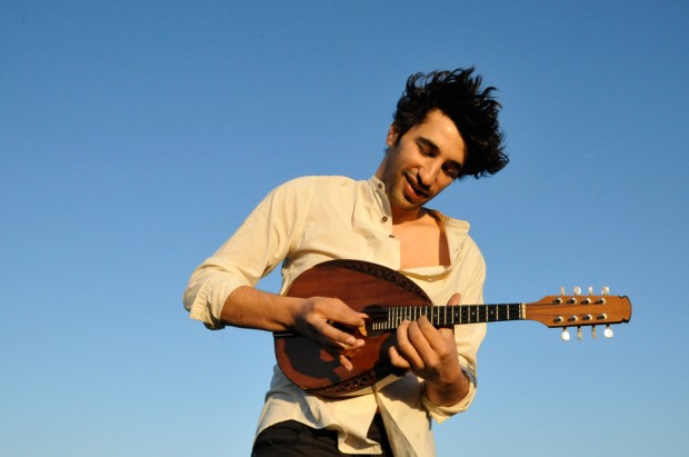 Avi_Avital_Mandolin_3