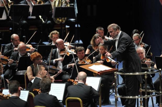 gergiev-orchestra-mariinskij-mito-settembremusica